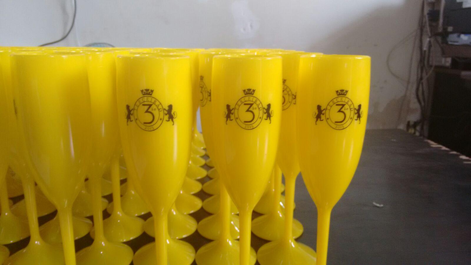 taça chandon amarela